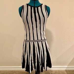 Drop waist sweater dress - small